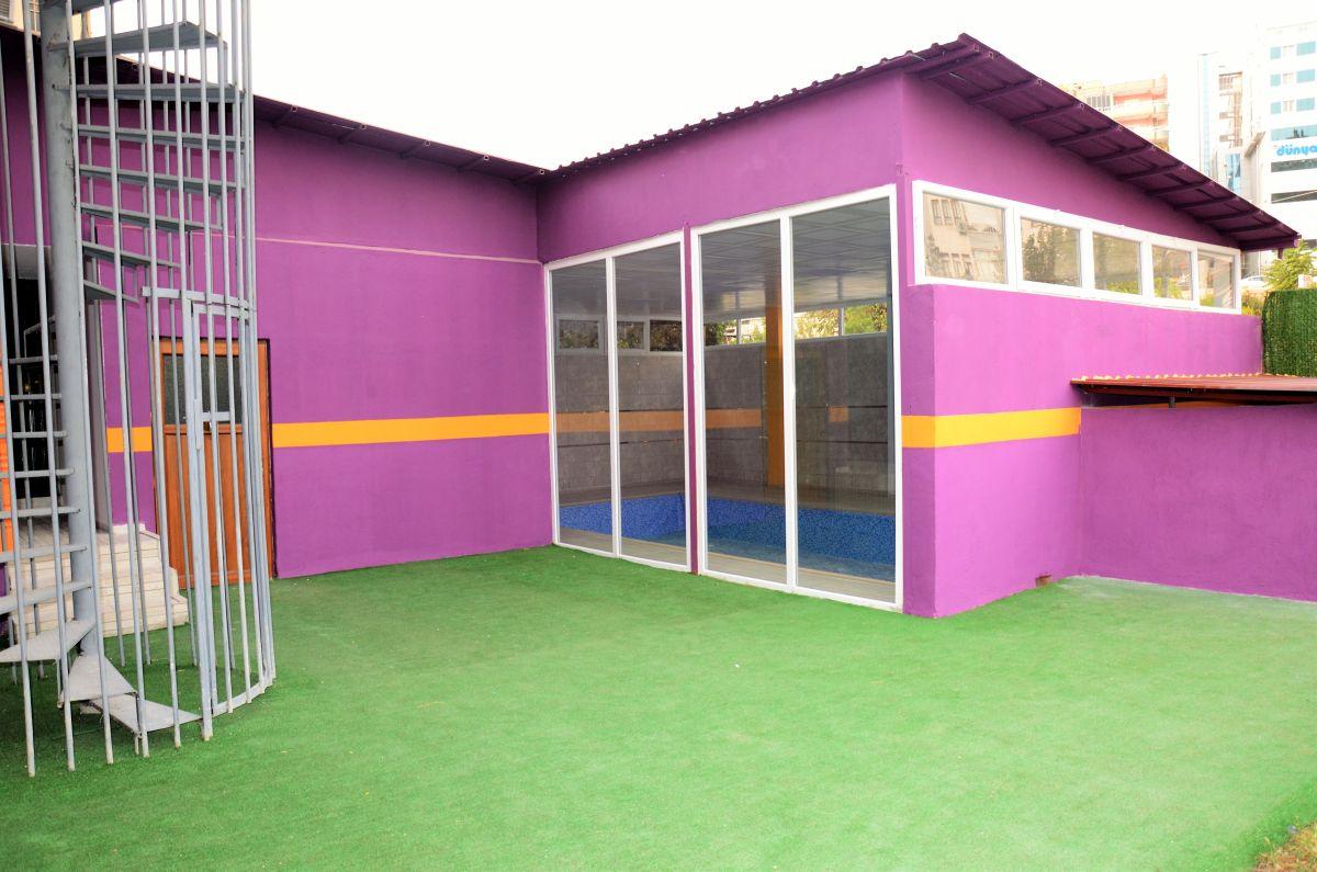 batman kreş kapalı havuz 2 nd kid academy